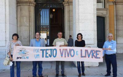 """proTEJO entrega memorando """"Por Um Tejo Livre """" no Ministério da Agricultura"""